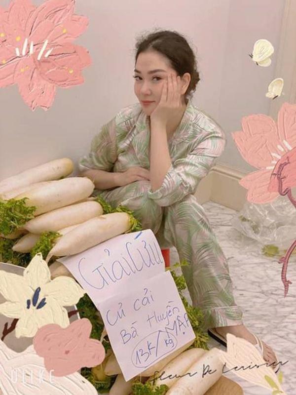 Hoa hậu một con bí ẩn nhất Việt Nam, ở biệt thự rộng lớn, rau trồng ăn không xuể-1