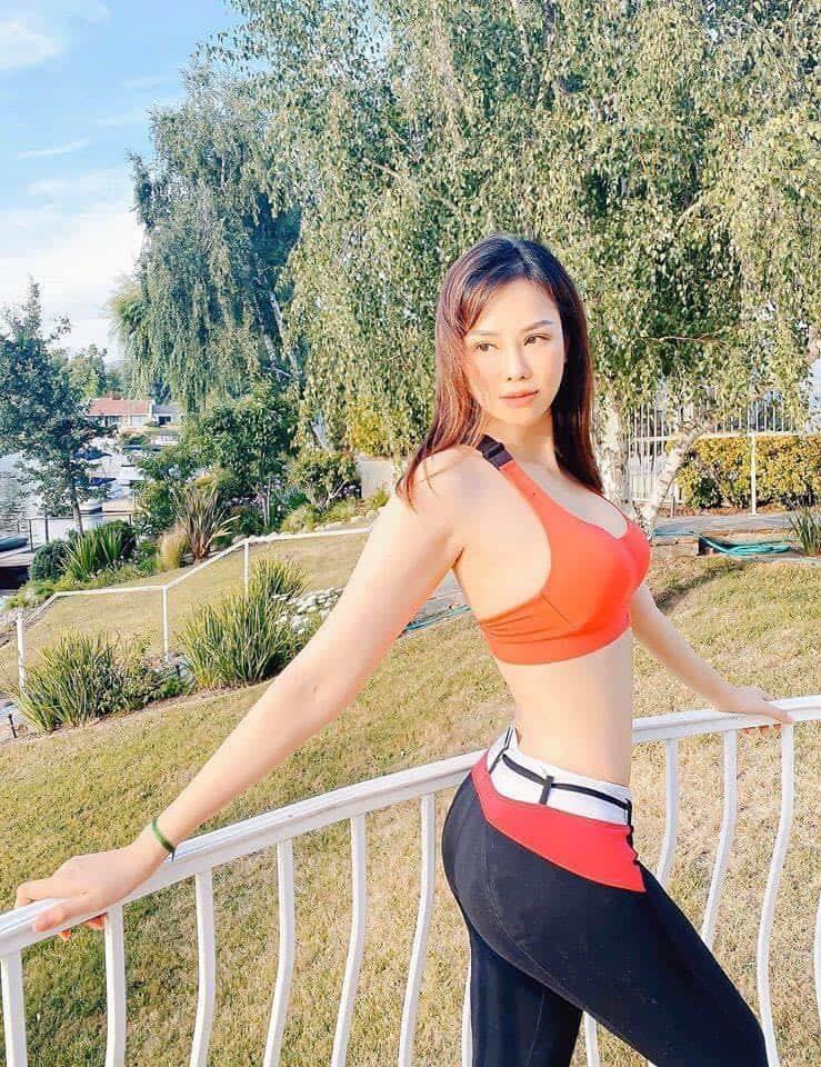 Con dâu của tỷ phú Hoàng Kiều - gây sốt mạng xã hội dù đang cách ly covid-23