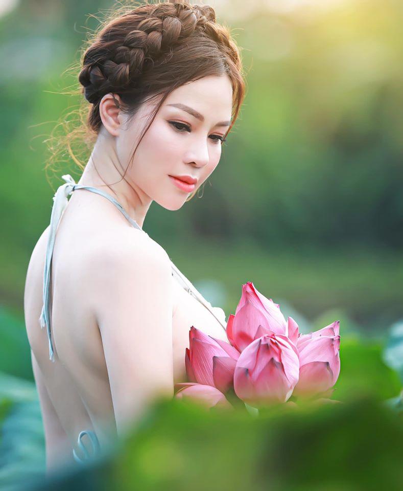 Con dâu của tỷ phú Hoàng Kiều - gây sốt mạng xã hội dù đang cách ly covid-30