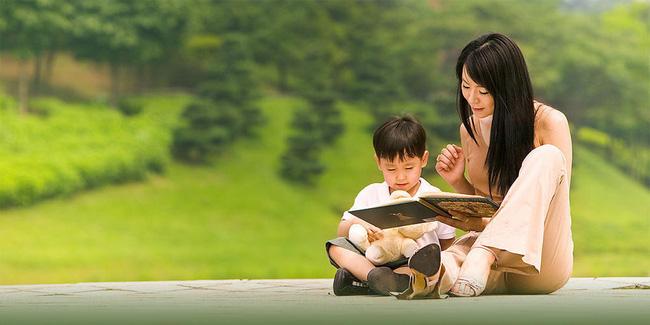 Chuyện về những bố mẹ Trung Quốc yêu con mù quáng: Từ việc để con trai 12 tuổi đòi sữa mẹ đến nam sinh thản nhiên nhìn mẹ quỳ xin đừng bỏ học-6