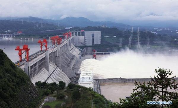 Đập Tam Hiệp chặn lượng nước lũ bằng 470 Tây Hồ Hàng Châu-2