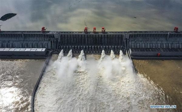 Đập Tam Hiệp chặn lượng nước lũ bằng 470 Tây Hồ Hàng Châu-5