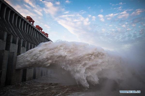 Đập Tam Hiệp chặn lượng nước lũ bằng 470 Tây Hồ Hàng Châu-6