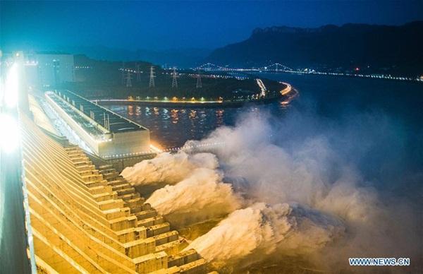 Đập Tam Hiệp chặn lượng nước lũ bằng 470 Tây Hồ Hàng Châu-7