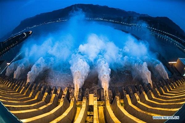 Đập Tam Hiệp chặn lượng nước lũ bằng 470 Tây Hồ Hàng Châu-12