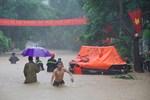 Mưa lớn, nước chảy cuồn cuộn, ngập sâu tới cả mét ở Hà Giang, clip và ảnh liên tục được chia sẻ-8