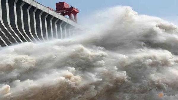Những con số lột tả sức tàn phá khủng khiếp của mưa lũ ở Trung Quốc-4