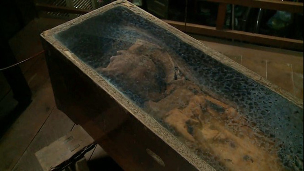 Bí ẩn xác chết 50 năm không phân hủy ở An Giang-2