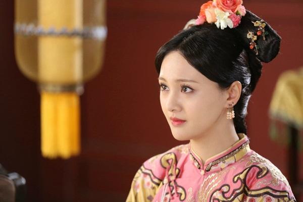 Phi tần tỏa hương thơm của Hoàng đế Khang Hi: Xuất thân thấp kém nhưng được sủng ái ngày đêm và sự thật sau lời mắng tiện phụ từ đế vương-2