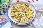 Cách làm bánh pizza cá hồi xúc xích thịt xông khói-15