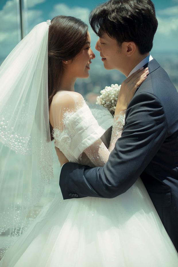 Thuý Vân tung ảnh cưới với ông xã doanh nhân trước thềm hôn lễ: Ánh mắt và nụ cười hạnh phúc nói lên tất cả!-2