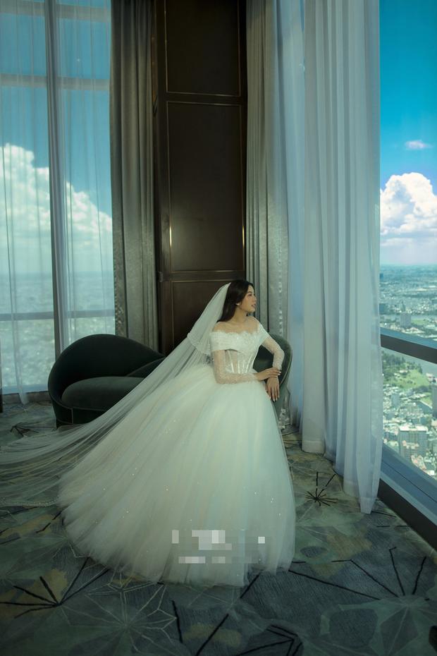 Thuý Vân tung ảnh cưới với ông xã doanh nhân trước thềm hôn lễ: Ánh mắt và nụ cười hạnh phúc nói lên tất cả!-4