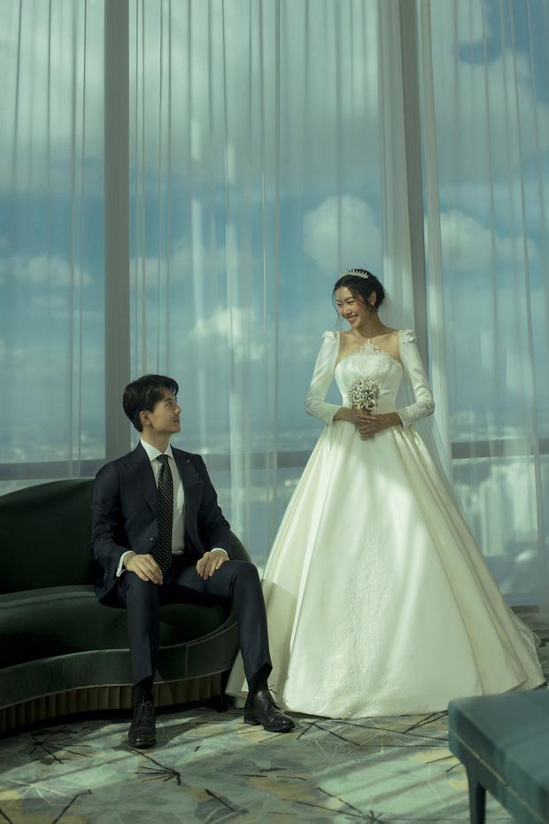 Thuý Vân tung ảnh cưới với ông xã doanh nhân trước thềm hôn lễ: Ánh mắt và nụ cười hạnh phúc nói lên tất cả!-6