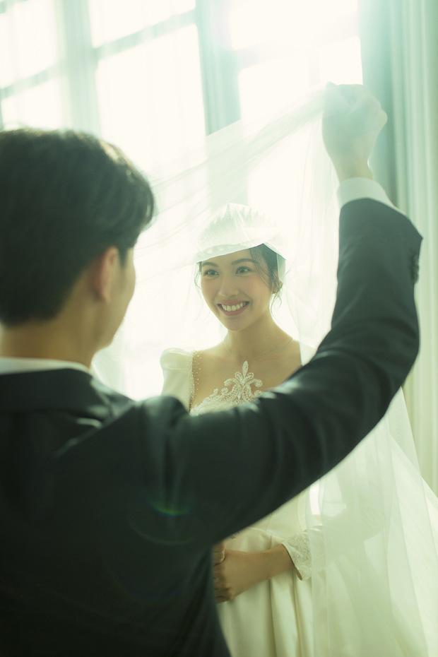 Thuý Vân tung ảnh cưới với ông xã doanh nhân trước thềm hôn lễ: Ánh mắt và nụ cười hạnh phúc nói lên tất cả!-8