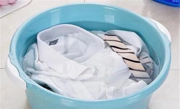 Nên chọn bột giặt hay nước giặt thì tốt và an toàn hơn?-2
