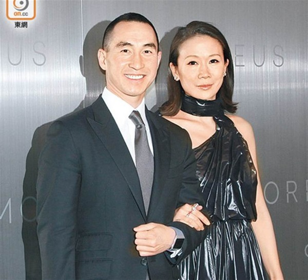 Con dâu đặc biệt nhất của Vua sòng bài Macau: Xuất thân cao quý, đánh bật những con dâu khác trong gia tộc bởi các mối quan hệ ít ai ngờ-3