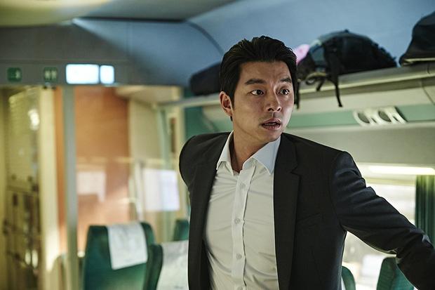6 giả thuyết rợn người ở bom tấn Train To Busan 2: Con gái Gong Yoo vẫn còn sống, zombie sắp xâm chiếm cả thế giới rồi?-4