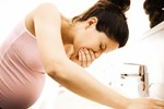 Những thực phẩm dễ gây dị tật ở thai nhi, mẹ bầu thèm đến mấy cũng không được đụng tới-4