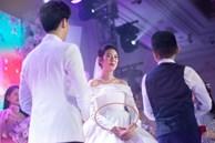 Á hậu Thuý Vân nghi lộ bụng bầu ngay trong tiệc cưới, fan nháo nhào gửi lời chúc mừng