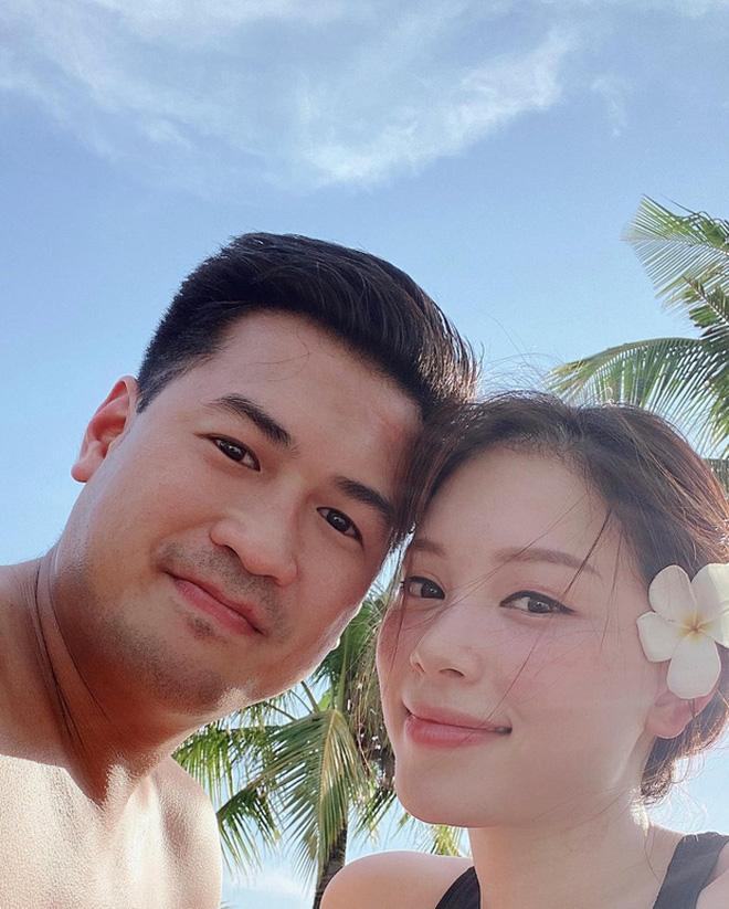 Linh Rin - Phillip Nguyễn rộn ràng kỷ niệm tình yêu: Mới 1 năm mà ngọt ngào sóng gió có đủ hết!-16