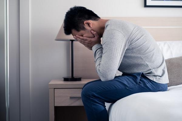 30 tuổi vẫn chưa biết mùi gái tôi thử tình 1 đêm, ai ngờ ngay lúc thứ này rớt xuống giường tôi đã bị em gài một vố-2