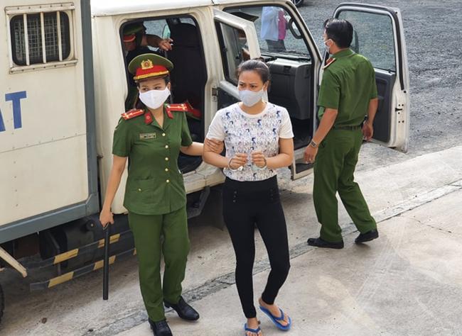 Tử hình Văn Kính Dương, hot girl Ngọc Miu bị tuyên 16 năm tù trong vụ án sản xuất ma tuý lớn nhất Việt Nam-5