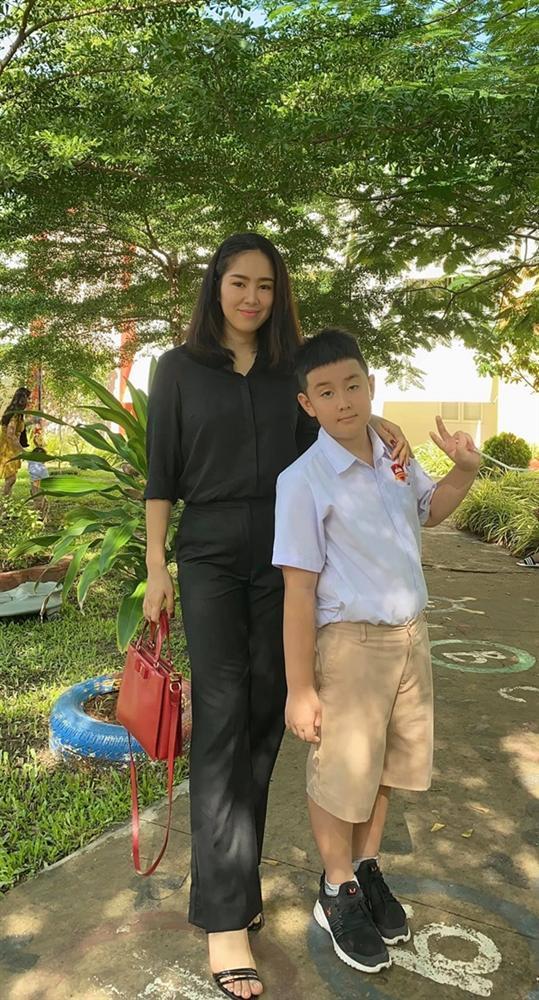 Quách Ngọc Ngoan đã có con với Phượng Chanel, con trai của anh với vợ cũ Lê Phương giờ ra sao?-1