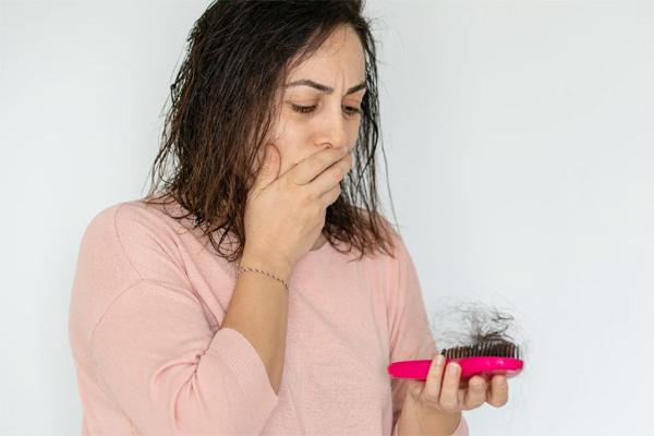 Triệu chứng mới phổ biến khiến bệnh nhân Covid-19 hoảng sợ-1