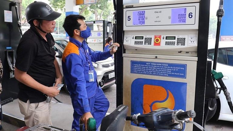 Giá xăng dầu tăng lên mức mới từ 15h chiều nay-1