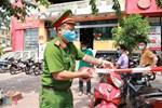 Phó Thủ tướng Trịnh Đình Dũng: Ca bệnh Covid-19 ở Hà Nội đã đi du lịch Đà Nẵng cùng 32 người-4