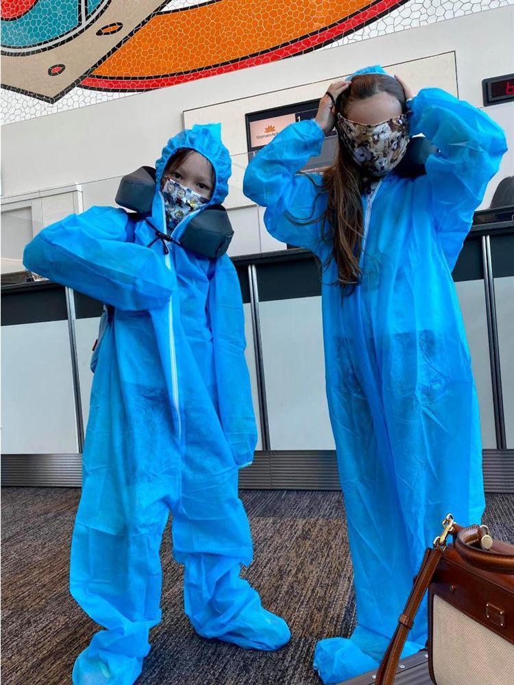 Rời Mỹ, Hồng Nhung chính thức có mặt ở Việt Nam, đưa cặp song sinh đi cách ly-2