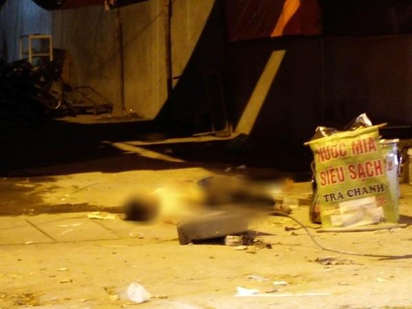 Hà Nội: Sập giàn giáo trên phố Nguyễn Công Trứ, nhiều công nhân rơi từ tầng cao xuống đất-3