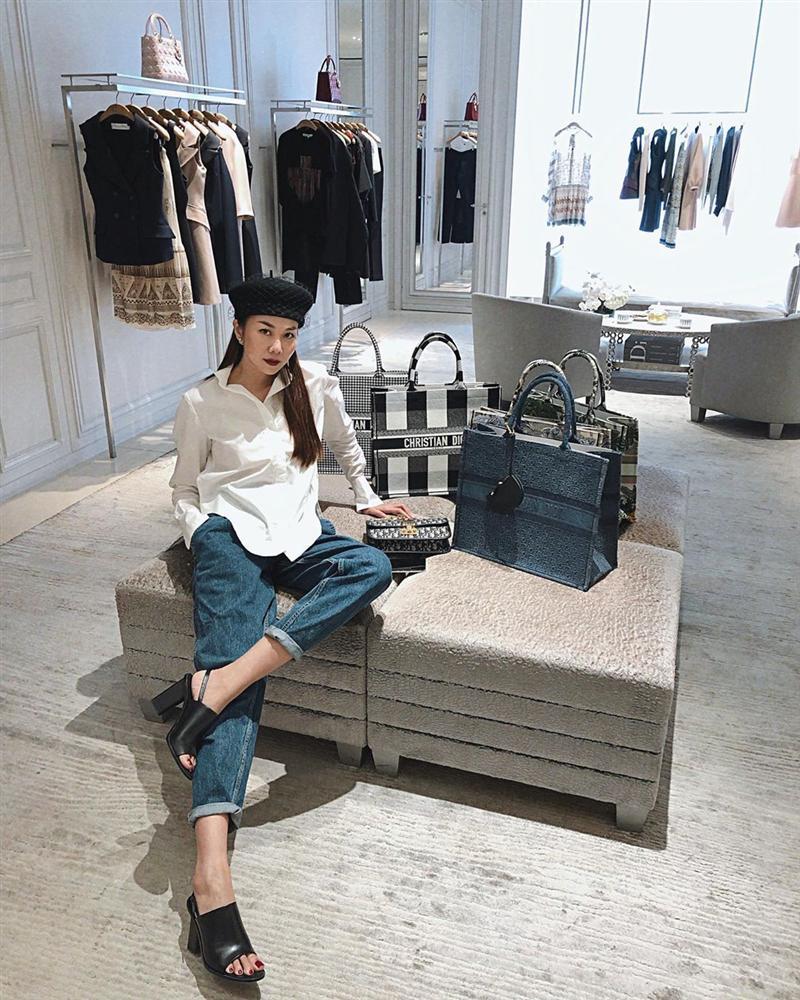 Diện quần jeans, mỹ nhân Việt cứ mix với 4 kiểu giày sau là trọn vẹn xịn đẹp và có khi còn kéo chân dài tít tắp-12