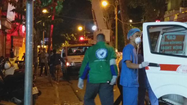 Danh tính 4 nạn nhân tử vong trong vụ sập giàn cẩu kính kinh hoàng ở Hà Nội-2