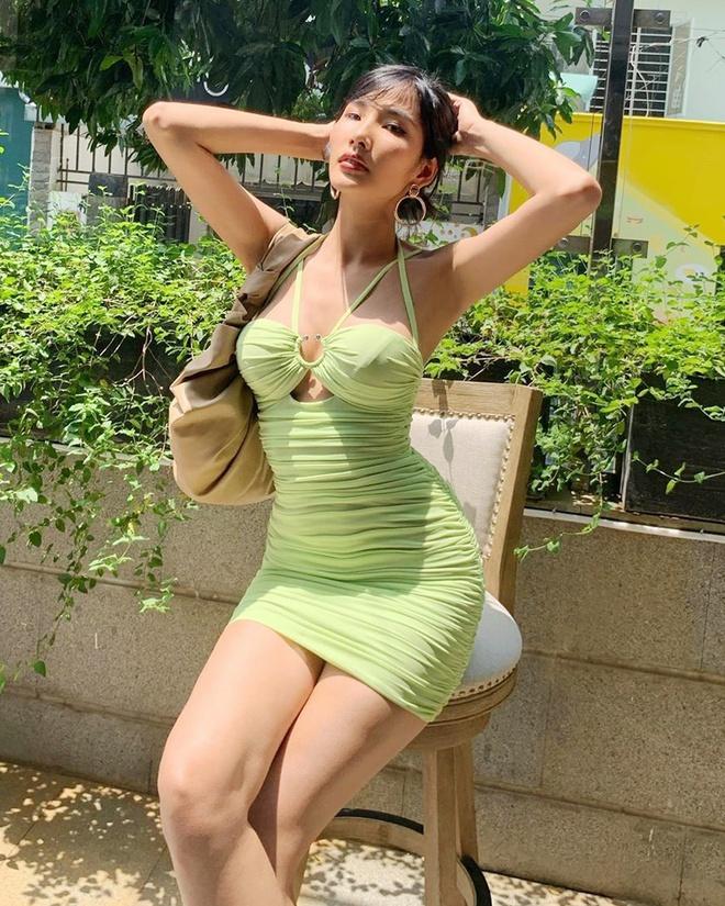 Á hậu Hoàng Thùy đang theo đuổi phong cách thời trang gợi cảm-3