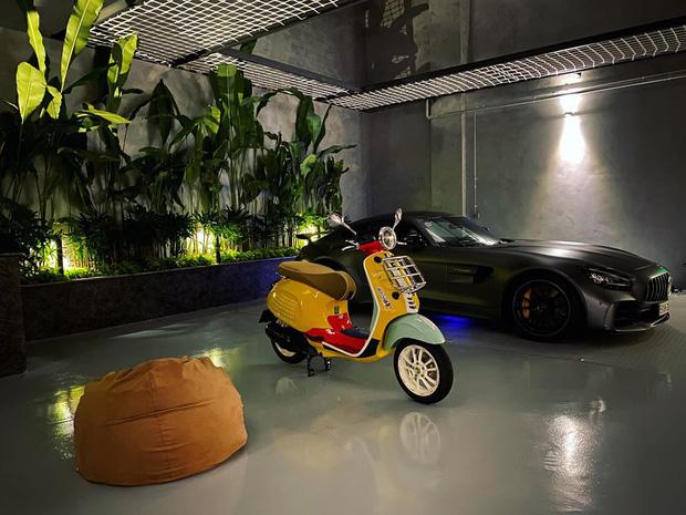 Cường Đô La mua xe máy cả trăm triệu phiên bản giới hạn để tặng vợ bầu đi... cho vui: Ai chiều bà xã hơn thế này nữa?-1