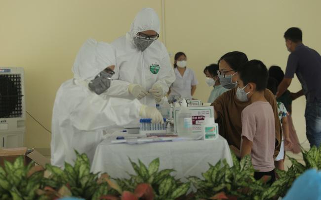 Thêm 12 ca dương tính với Sars-Cov-2, Việt nam có 558 ca mắc COVID-19-1