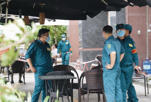 TP. HCM: Phong toả một chung cư ở quận 12, cách ly hơn 100 hộ dân-3