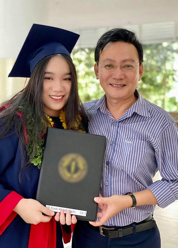 Học lỏm bí quyết khéo dạy con của Á hậu Trịnh Kim Chi: Gái lớn có tài lại có nết; gái nhỏ giản dị, khiêm nhường-6