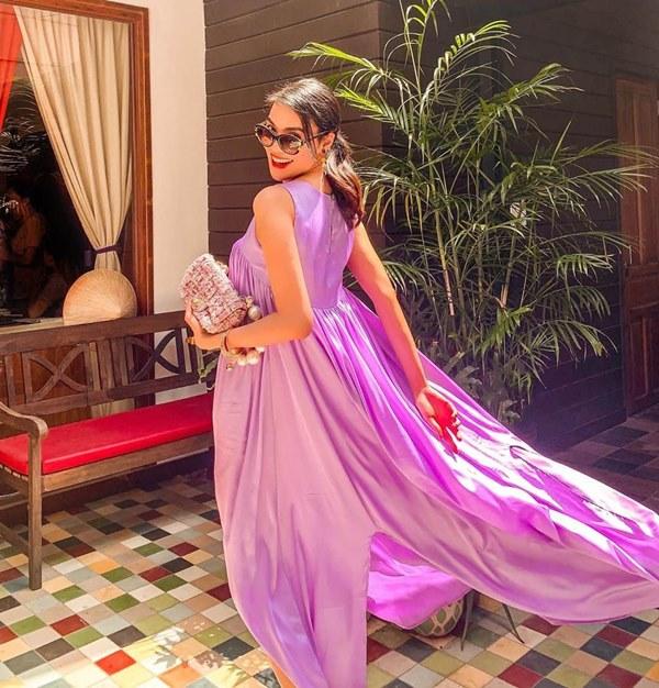 Đụng hàng loạt sao Việt trắng trẻo, hoa hậu Vbiz chứng tỏ da ngăm vẫn vô tư mặc màu nổi-20