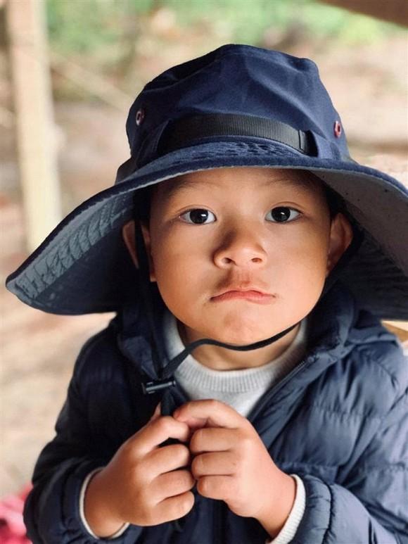 Lý Hải đưa cả gia đình về trang trại ở quê tránh dịch-4