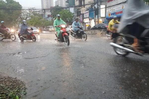 Dự báo thời tiết 3/8, Hà Nội mưa to-1