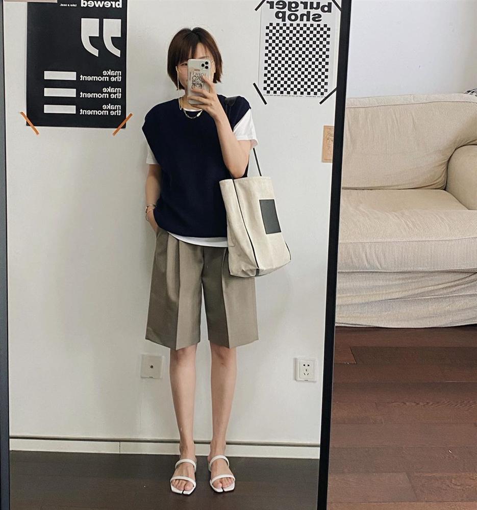 BTV thời trang update tủ đồ đẹp từ Hè sang Thu chỉ với 5 món, style có khi còn lên đời mạnh mẽ-5