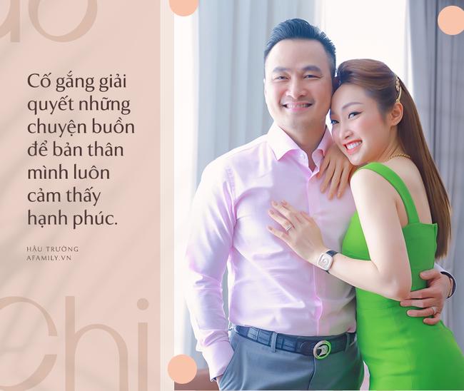 Chi Bảo chia sẻ về quyết định kết hôn lần 3 với bạn gái kém 16 tuổi: Đàn ông 2-3 vợ là không được, nói lận đận là lịch sự-2
