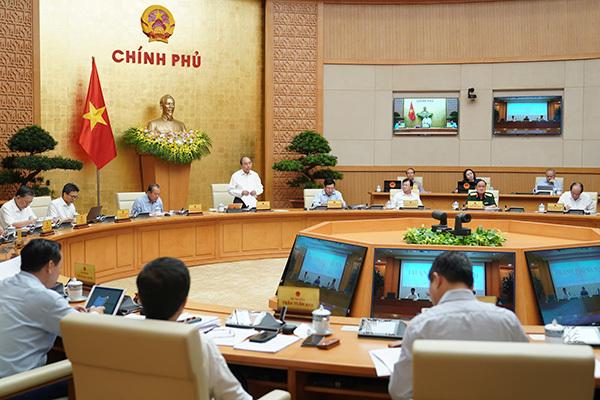 Thủ tướng: Dịch Covid-19 cơ bản trong tầm kiểm soát, hạn chế giãn cách tràn lan-2