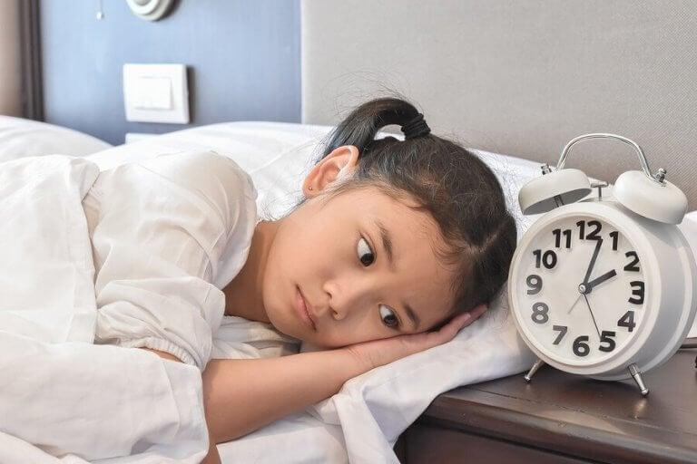 """Nghỉ hè chồng nghỉ dịch, nhiều bố mẹ đang tự hại con"""" vì để trẻ thoải mái ngủ nghỉ theo ý thích-3"""