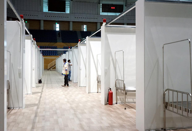 Cận cảnh bệnh viện dã chiến 700 giường tại Đà Nẵng hoàn thiện sau 72 giờ-3