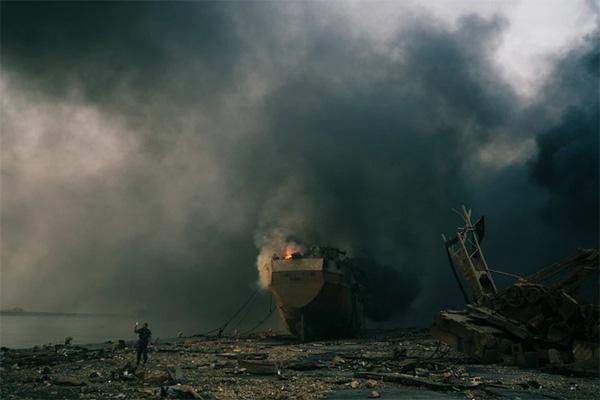 Thi thể khắp nơi - cảnh tượng tang tóc sau vụ nổ ở Beirut-2