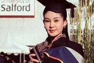 Vượt qua mọi thị phi, Lê Âu Ngân Anh chính thức trở thành giảng viên trẻ tuổi nhất của một trường Đại học