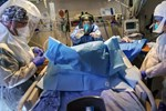 Tiết lộ của chuyên gia WHO gây kinh ngạc: khoảng 10% dân số thế giới đã từng mắc COVID-19!